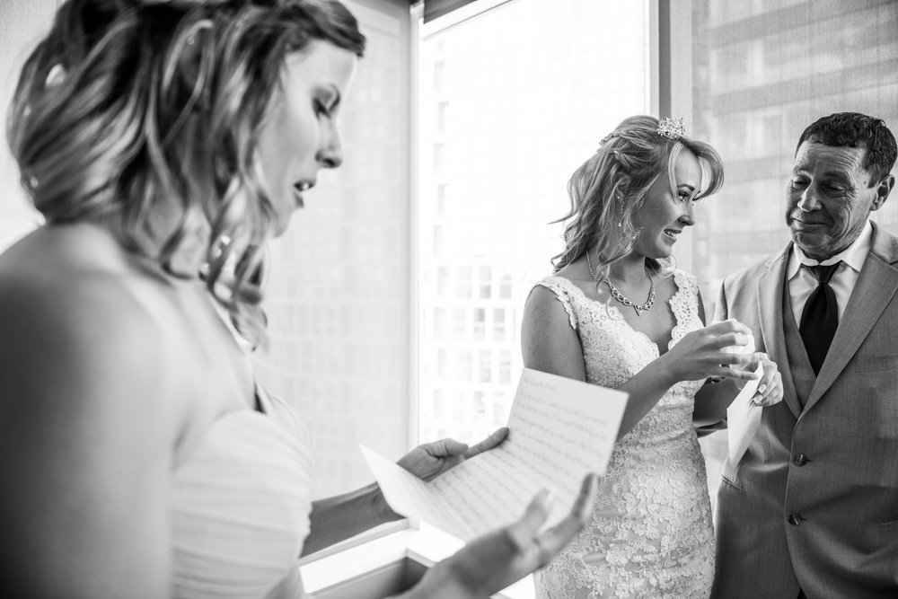 MeadowlarkGardensWedding-Ashley&Kevin-GettingReady-155.jpg