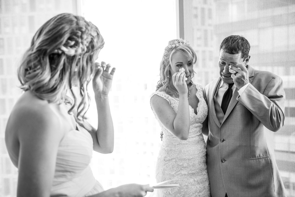 MeadowlarkGardensWedding-Ashley&Kevin-GettingReady-171.jpg
