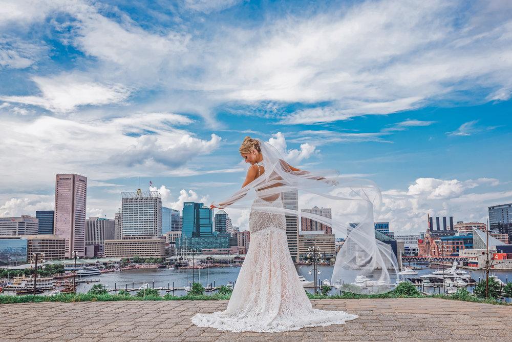 BaltimoreMuseumofIndustryWedding-Megan&Chris-WeddingParty-9.jpg