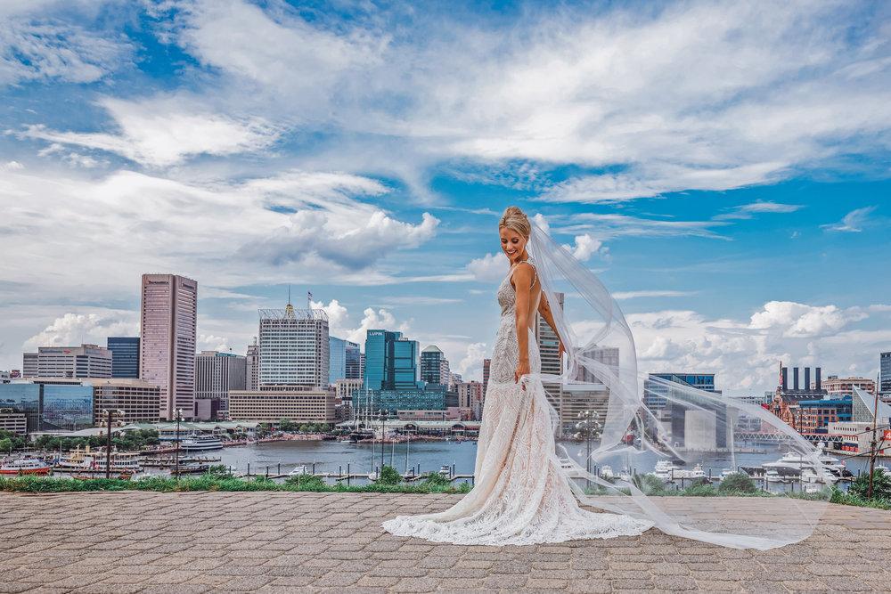 BaltimoreMuseumofIndustryWedding-Megan&Chris-WeddingParty-10.jpg