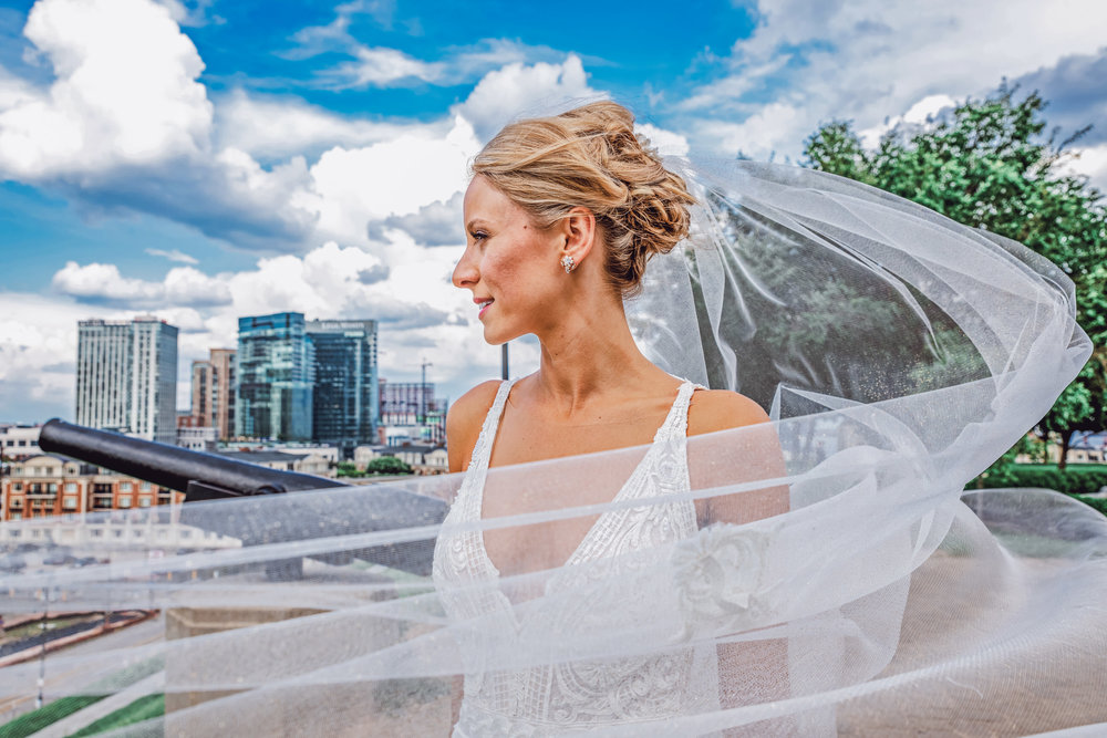 BaltimoreMuseumofIndustryWedding-Megan&Chris-WeddingParty-11.jpg