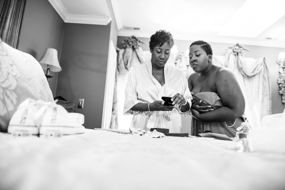 1840sBallroomWedding-Deb&Damien-GettingReady-257.jpg