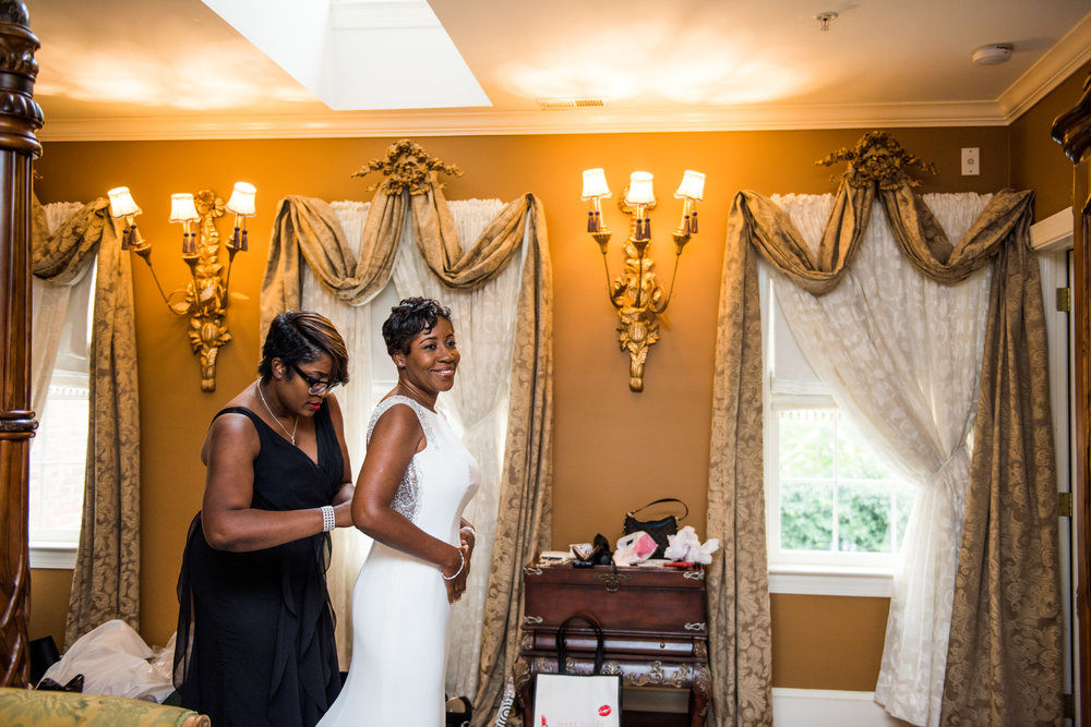 1840sBallroomWedding-Deb&Damien-GettingReady-282.jpg