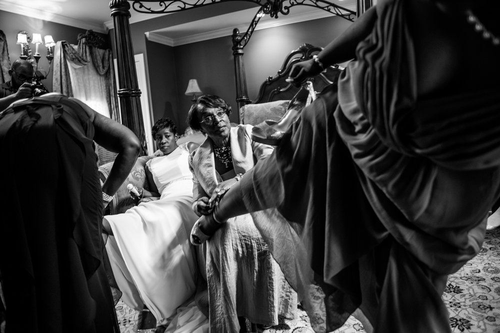 1840sBallroomWedding-Deb&Damien-GettingReady-322.jpg