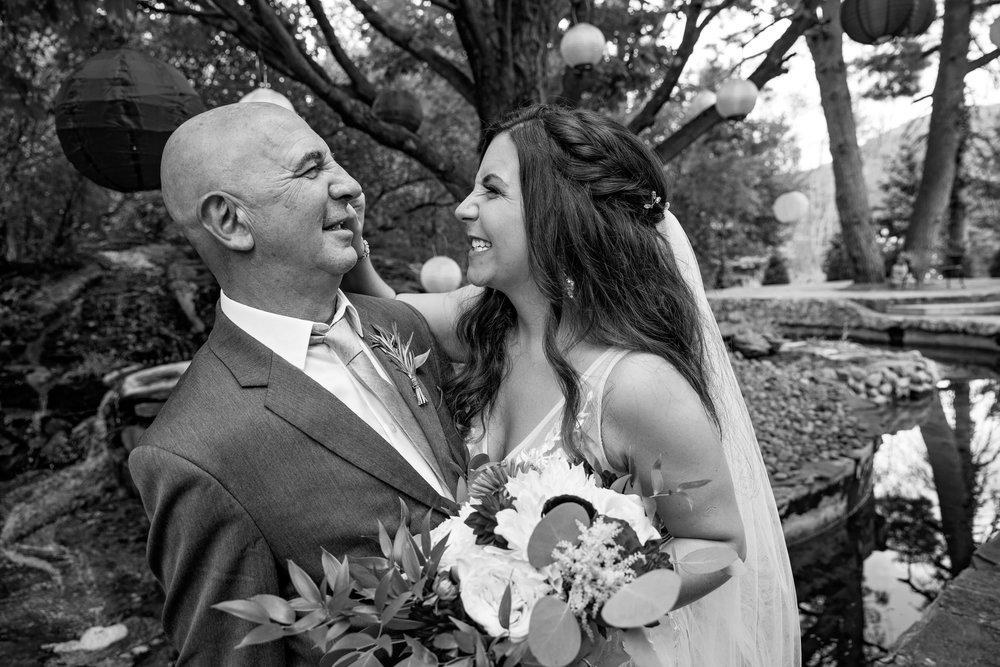 FeastCatering-Sara&Justin-WeddingParty-16.jpg