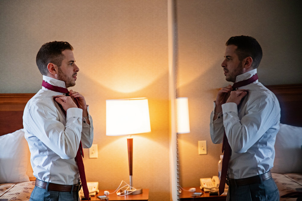 HowardCountyConservencyWedding-Caylie&Dan-GettingReady-12.jpg