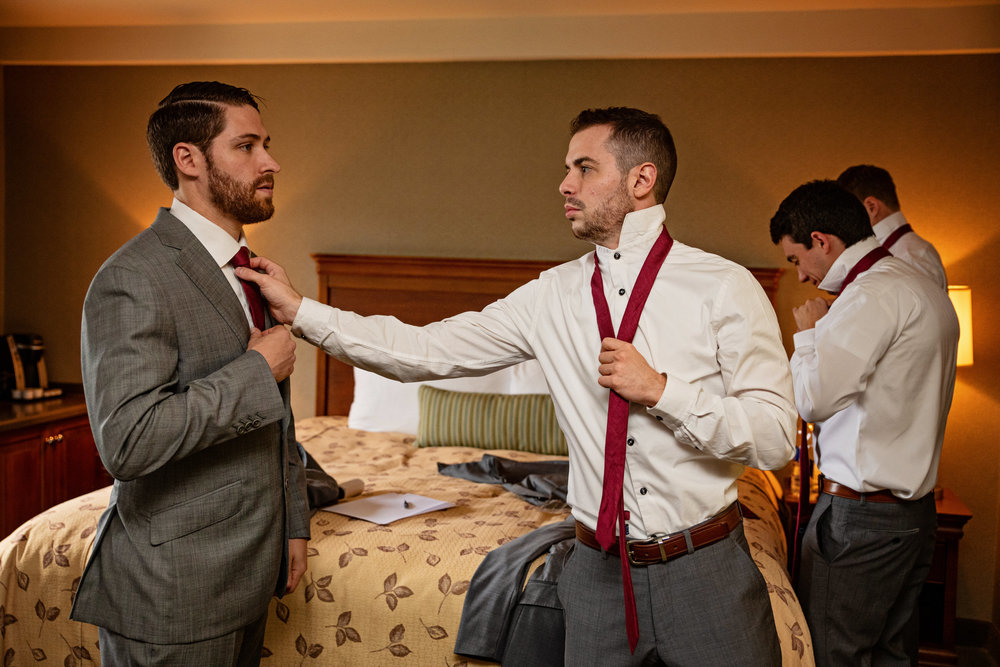 HowardCountyConservencyWedding-Caylie&Dan-GettingReady-18.jpg