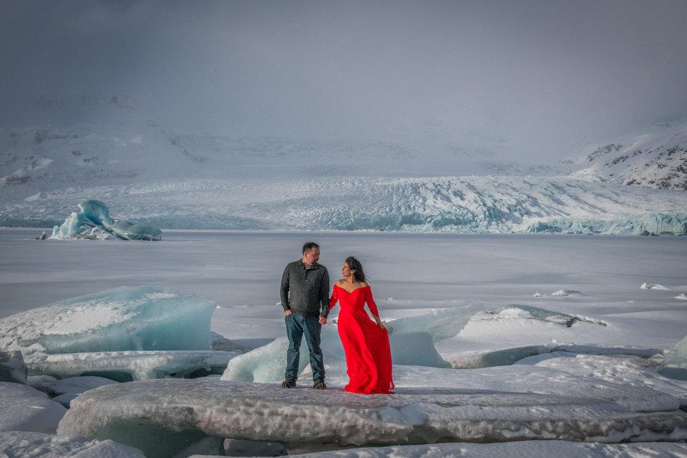 IcelandEngagement-Jennifer&Jeff-197-2.jpg