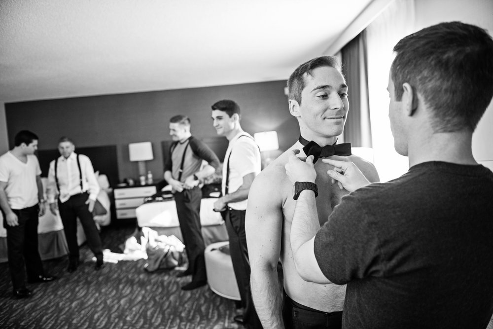 ValleyMansionWedding-Colleen&Conor-GettingReady-136.jpg