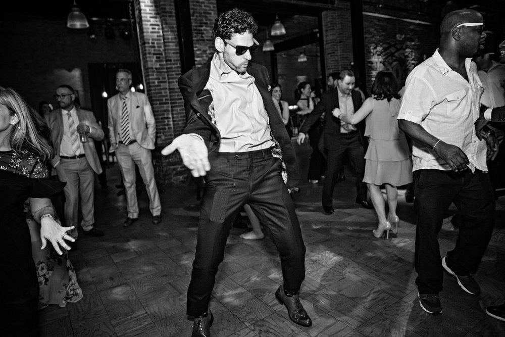 Wendy&Jon-DayTwo-danceparty-728.jpg