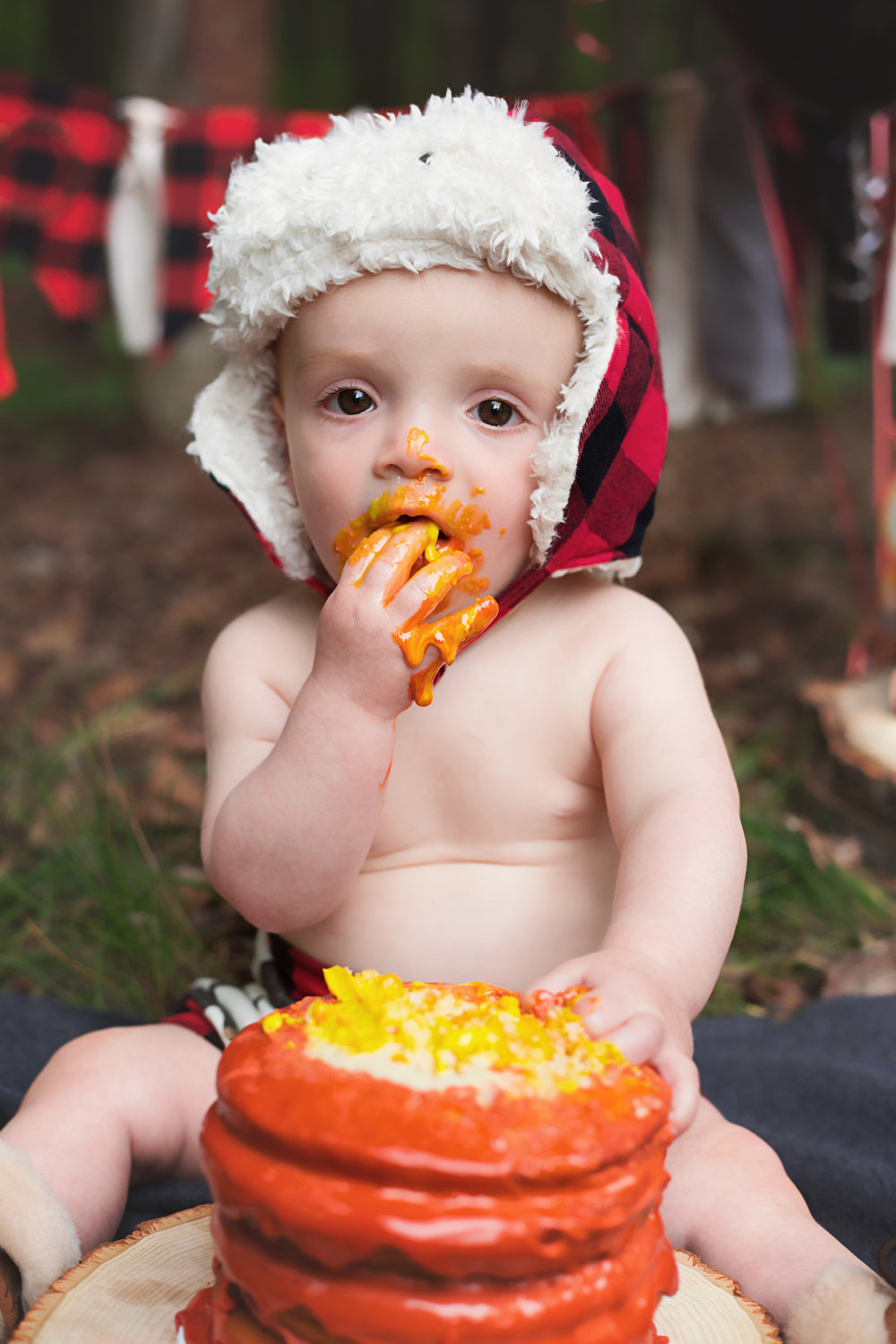 anchorage-cake-smash-photographer-9.jpg