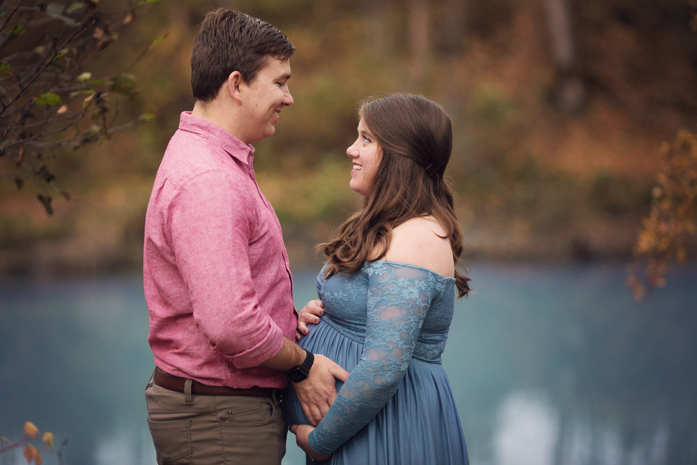 anchorage-maternity-photographer-10.jpg