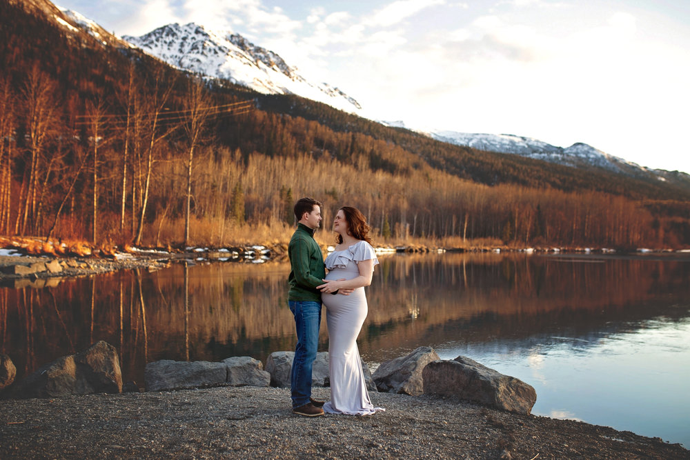 anchorage-maternity-photographer-7.jpg