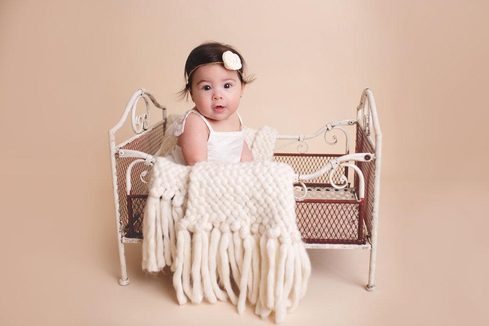 anchorage-newborn-photography-1.jpg