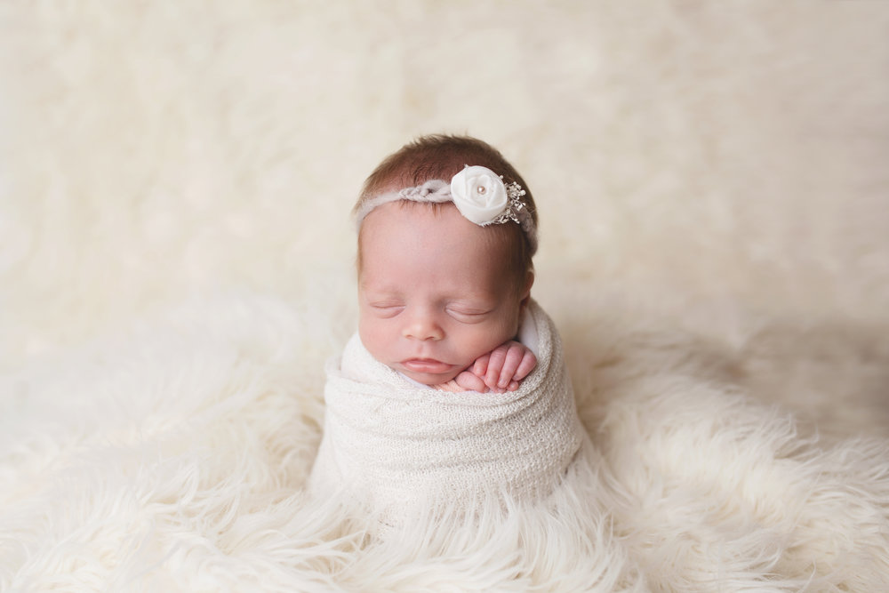 anchorage-newborn-photographer-10.jpg