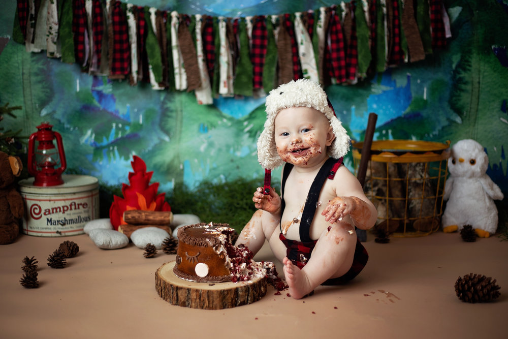 anchorage-cake-smash-photographer-12.jpg