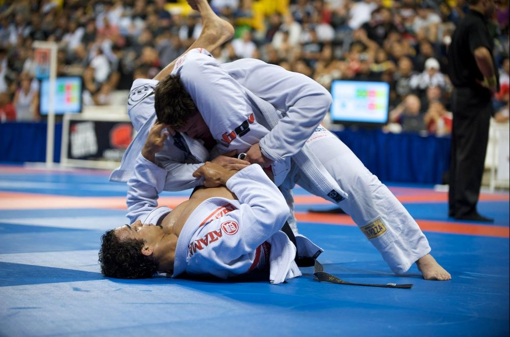 Romulo Barral (bottom) at the World Jiu-Jitsu Championship in Long Beach, California, attempts a triangle choke.