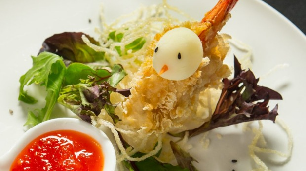 Goong Tod (crumbed prawn).Photo: Simon Schluter