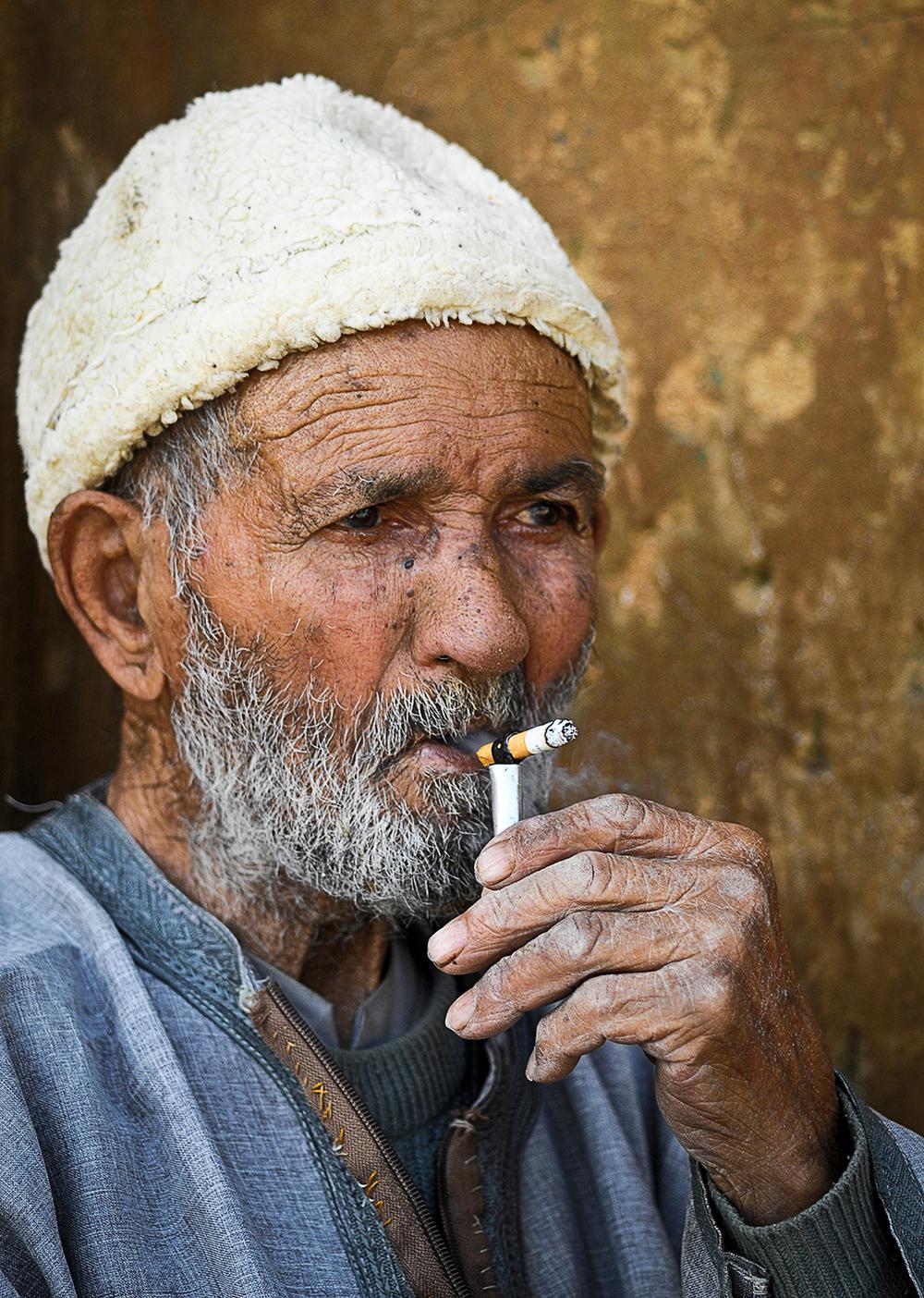 dziadek-papieros-wysokosc-1500.jpg