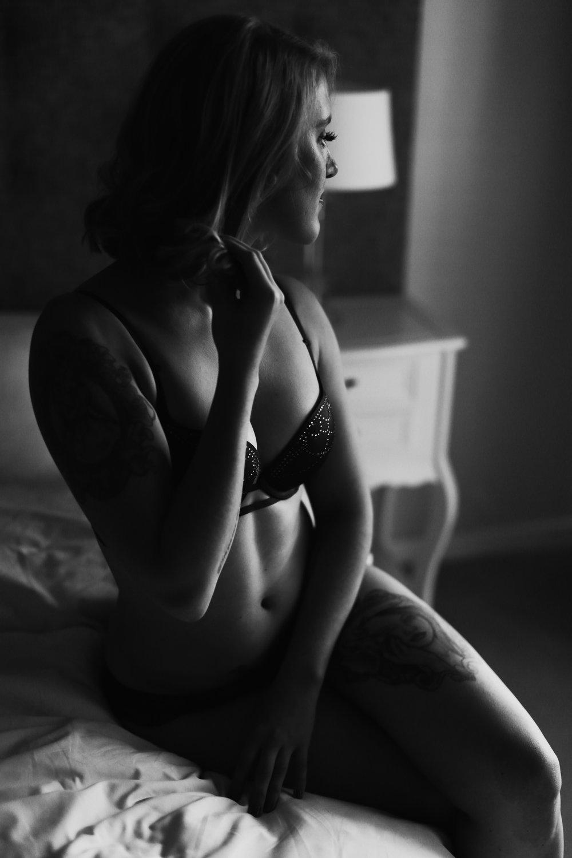 Janine Boudoir8.jpg