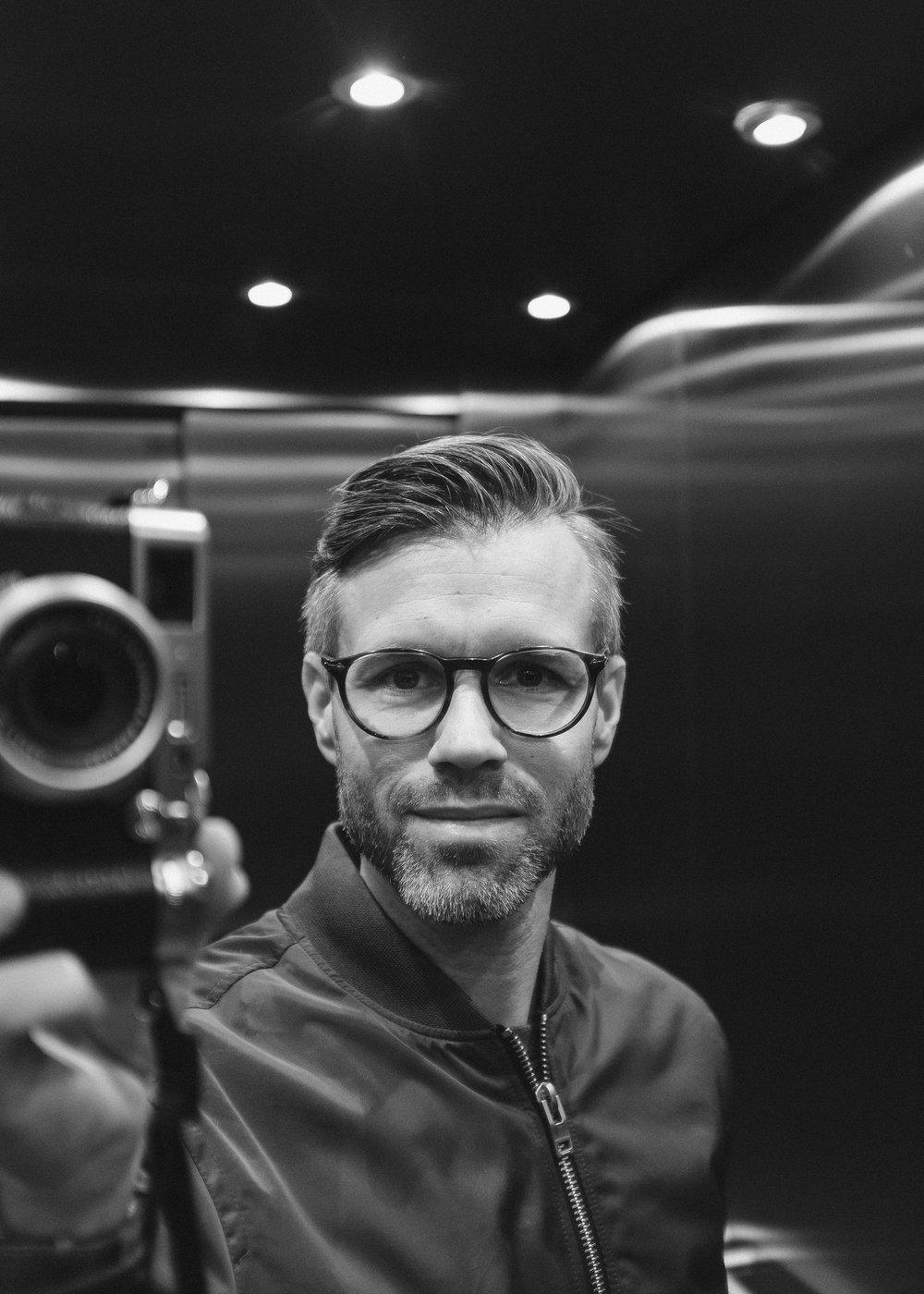 Kristofer Samuelsson summer 2017 bw (1 av 1)-2 2.jpg