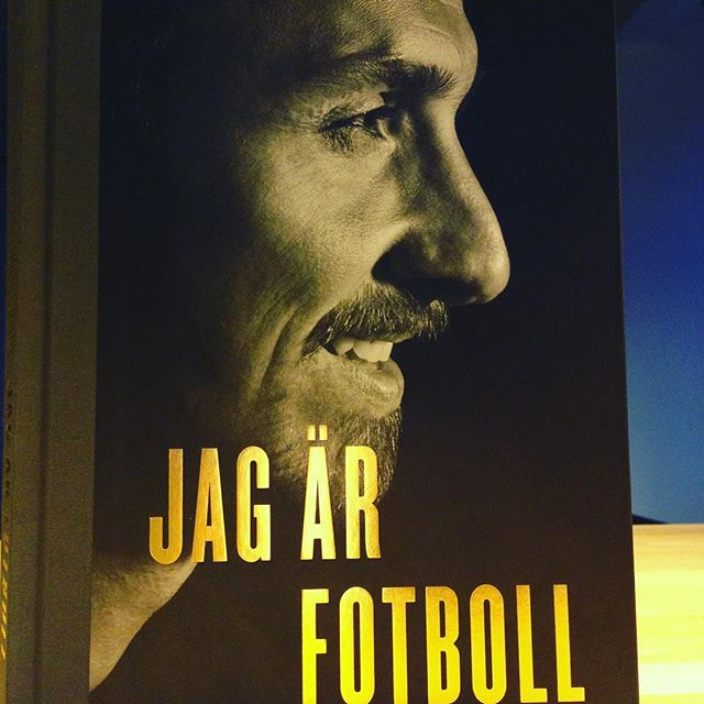 Christmas gift fot myself Du och jag Zlatan ❤️ #JagSkaBliBäst #ImComingForYall #Motivation