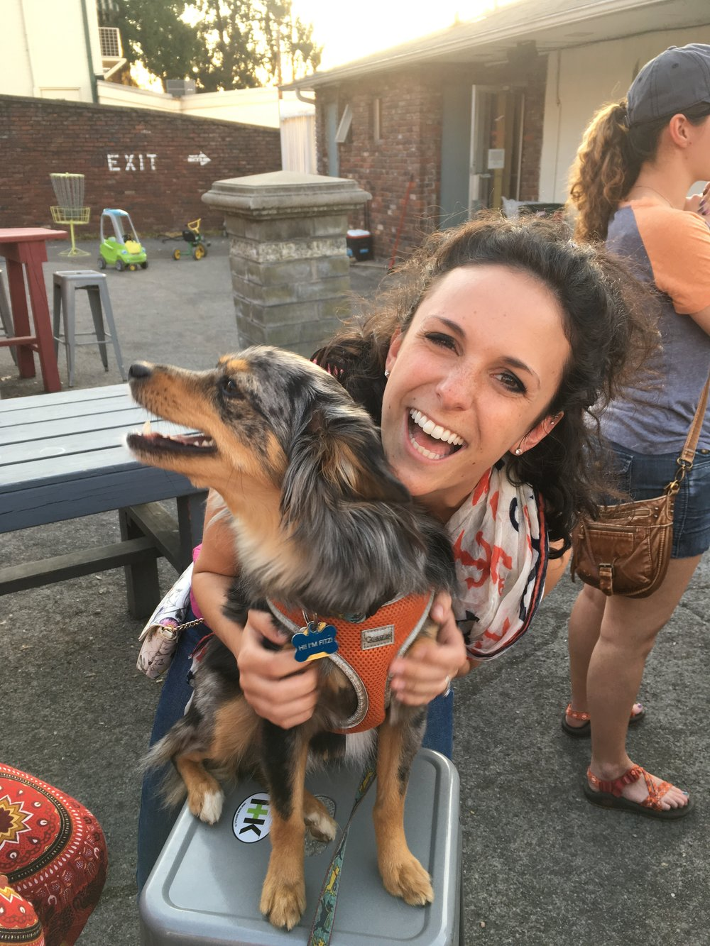 Caroline Billings - I am working towards a DVM/PhD at the University of Tennessee. I'm about to start my clinical rotations for my veterinary program, which is exciting! As for research, my area of interest is Regenerative Medicine. In my non-science life, I love cute dogs, craft beer and instructing barre3 classes!