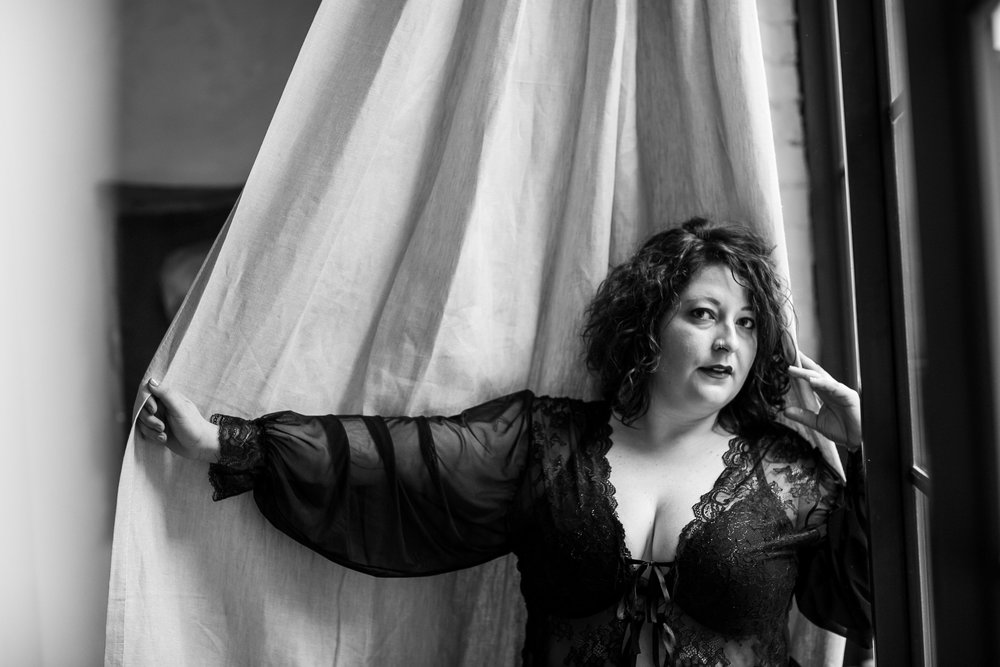 Plus Size Boudoir Photographer Philly