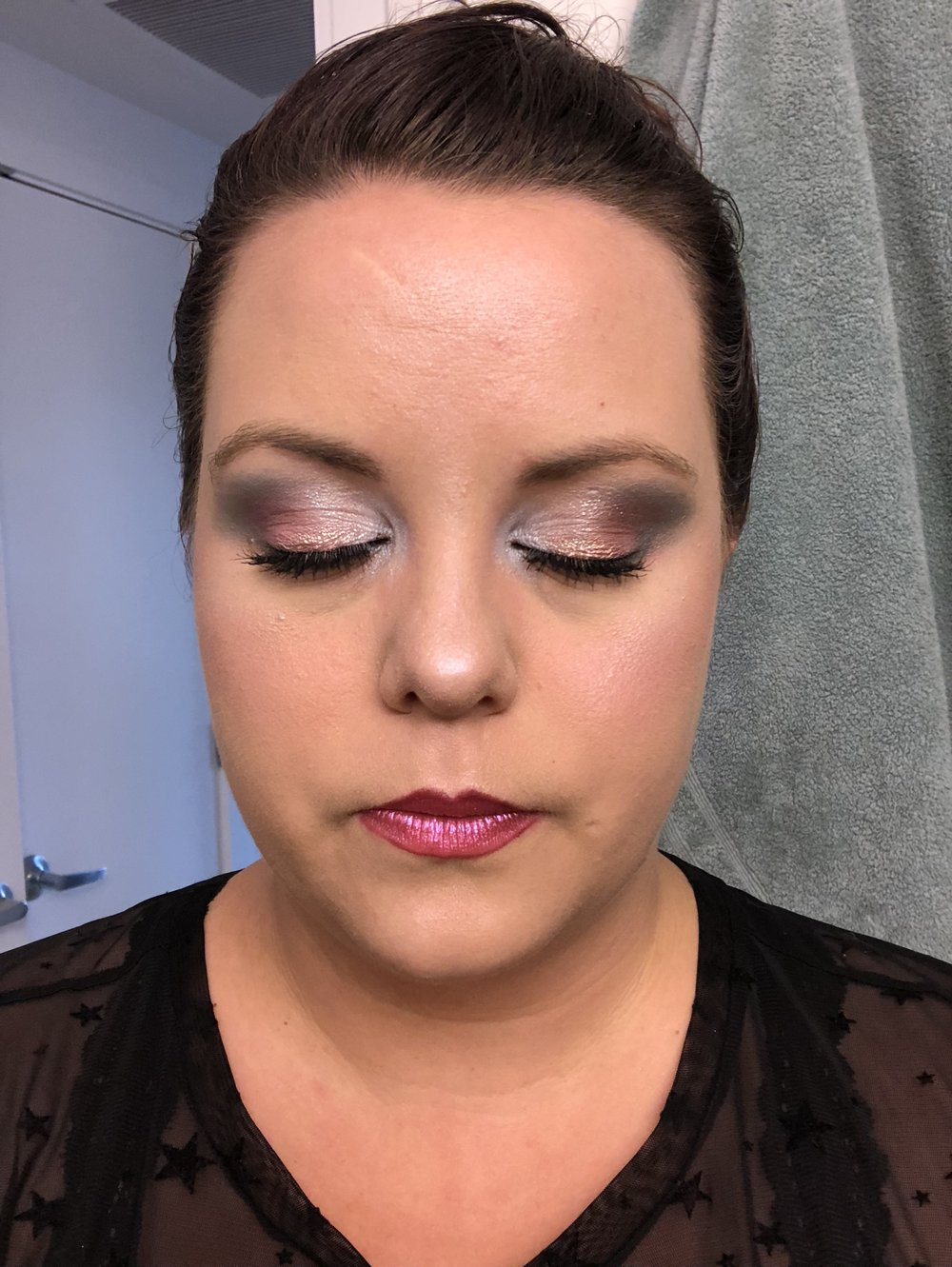 Amanda loves makeup - While there is def a lot still to learn Amanda has recently fallen in love (thanks to Jordan) with Sephora and all the makeup things. The most recent obsessions? Highlighter and Morphe palettes.