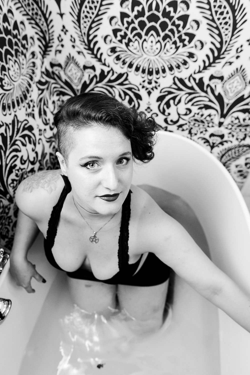 Glamorous Bathtub Boudoir Session at the Hotel Monaco Philadelphia