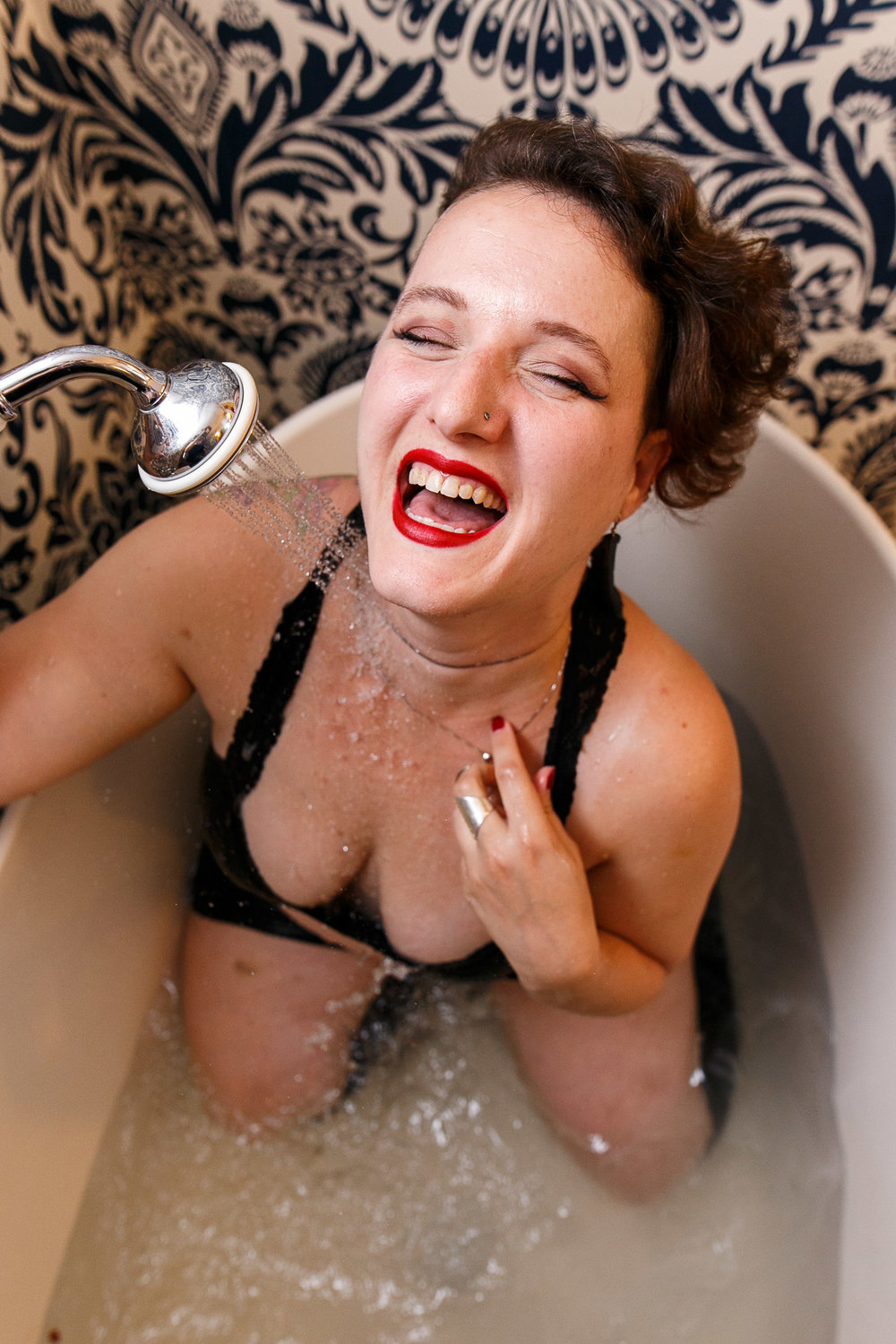 Glamorous Bathtub Boudoir Session at the Hotel Monaco Philadelphia 6