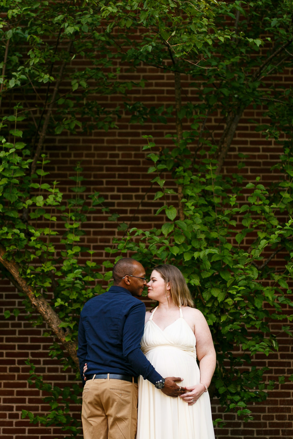 Amanda Old City Philadelphia Maternity Session-17.jpg