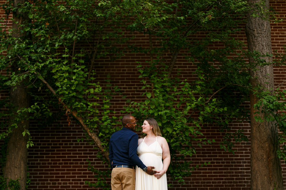 Amanda Old City Philadelphia Maternity Session-15.jpg
