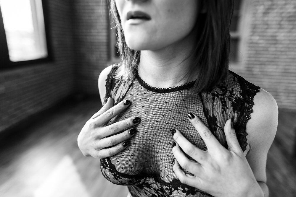 Adrienne Boudoir-14.jpg