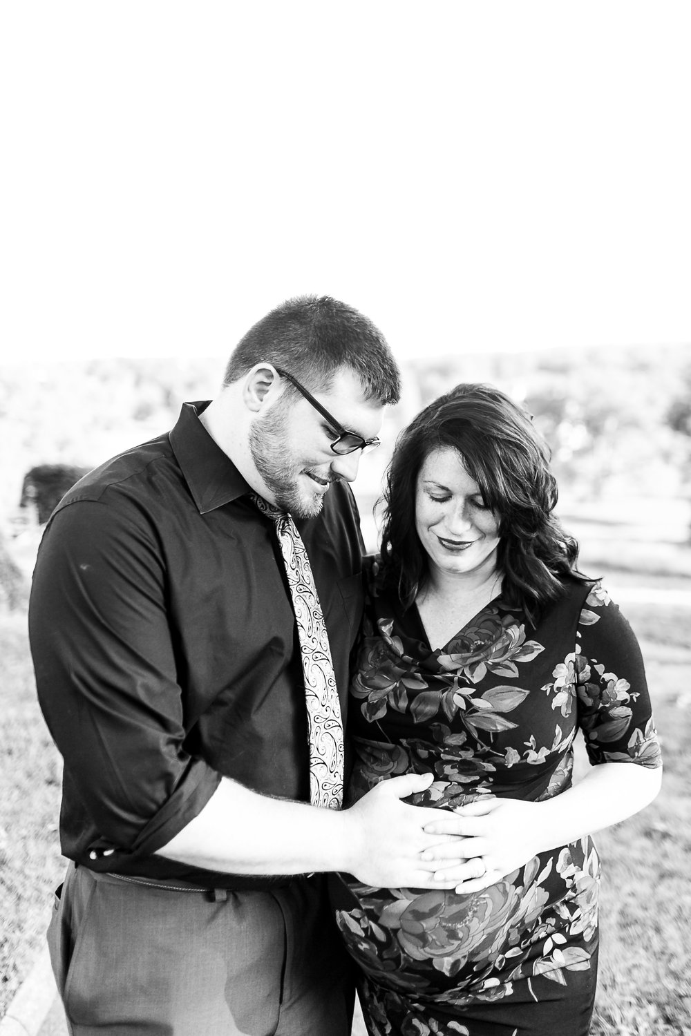 Emily and TJ Maternity-4.jpg