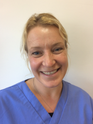 BIANCA DARE Veterinary Surgeon Med Vet MRCVS Bianca graduated in 2004 from the School of Veterinary Medicine in Hannover, Germany. She has an interest in internal medicine. Bianca has two cats, Lily and Oliver, and a lovely Labrador called Squidge.