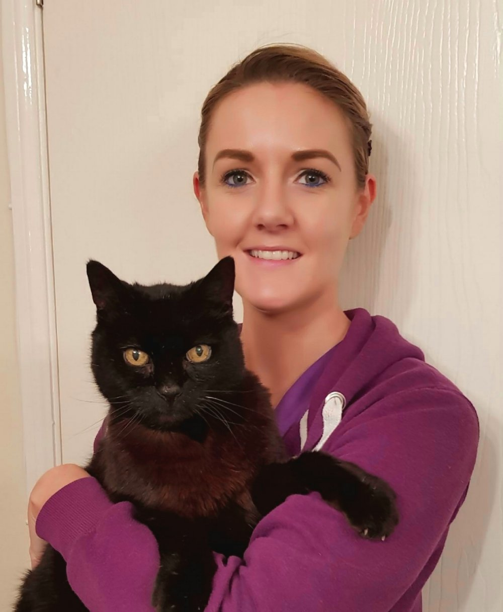 HANNAH HOLLAND  Head Nurse RVN  Hannah has worked in practice since 2006, and qualified as a veterinary nurse in 2012. Her special interests include dog training and behaviour, and geriatric patients.