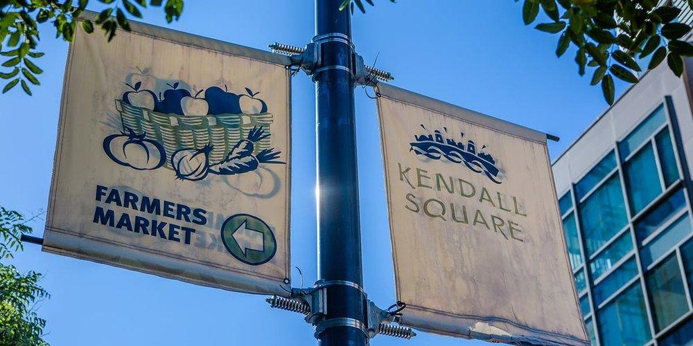 Farmers Market Kendall Square Signs.jpg