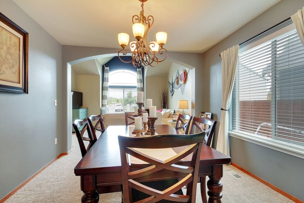 Dining Room - Partial Home Staging