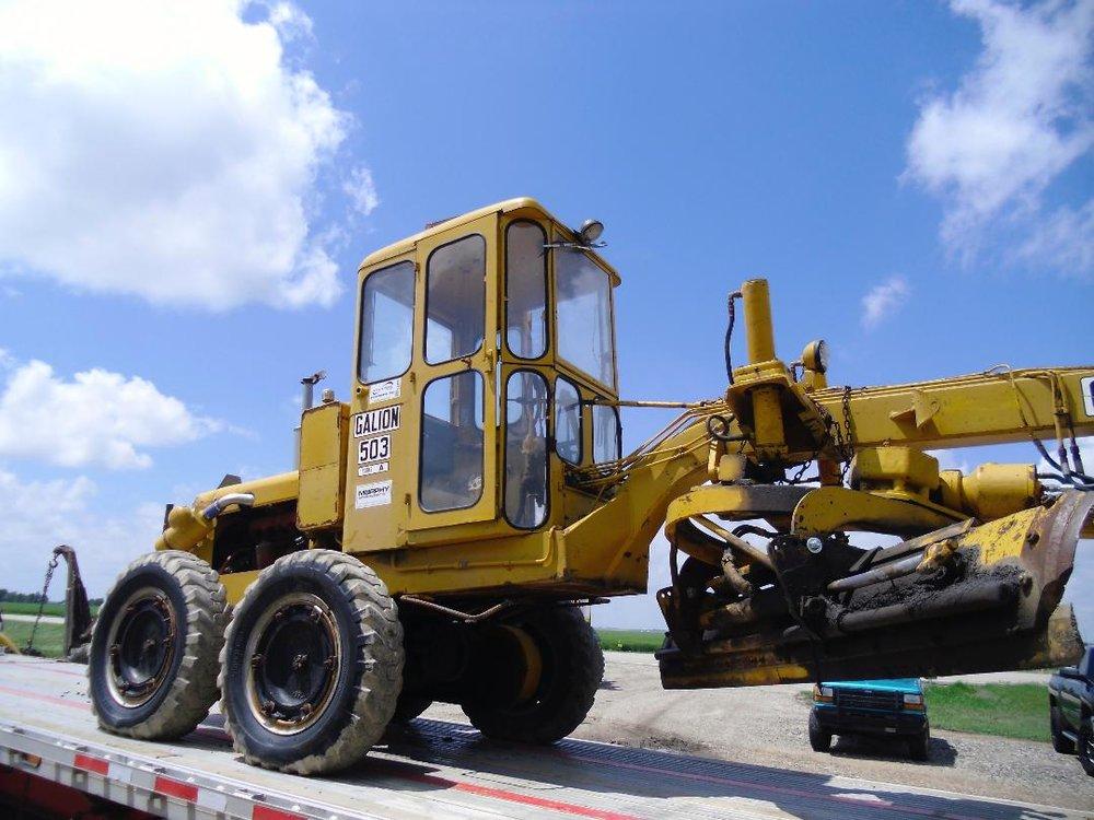 Weller Tractor Salvage