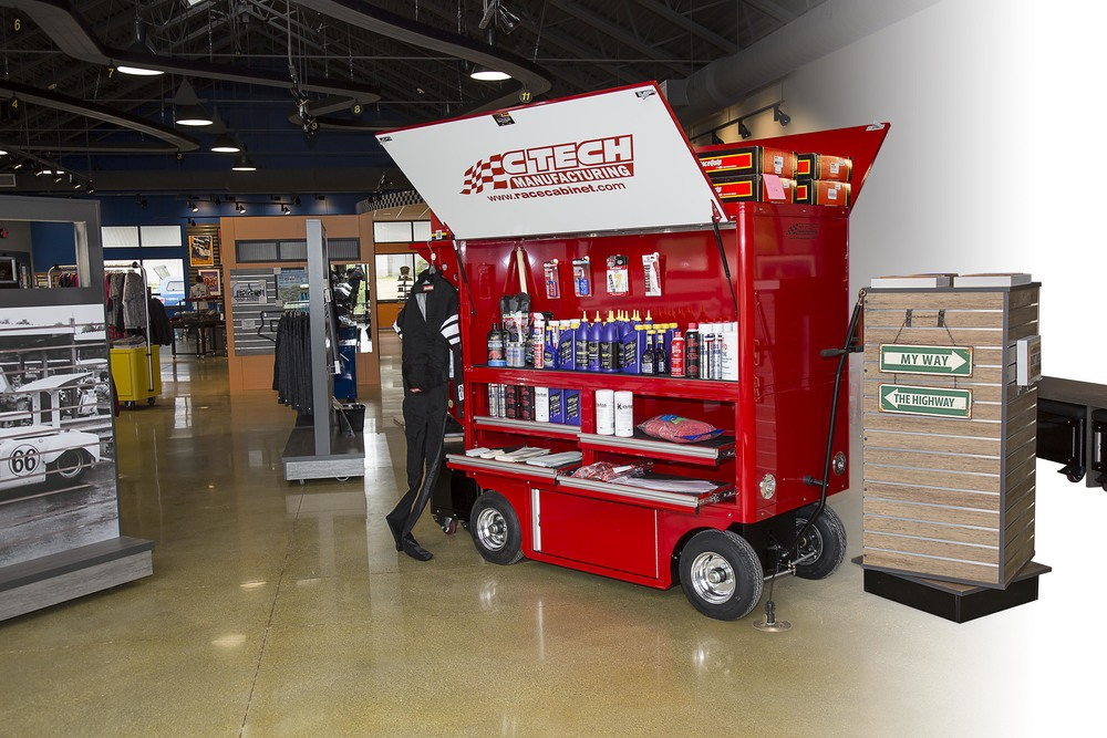 Crew Chief Display Cart
