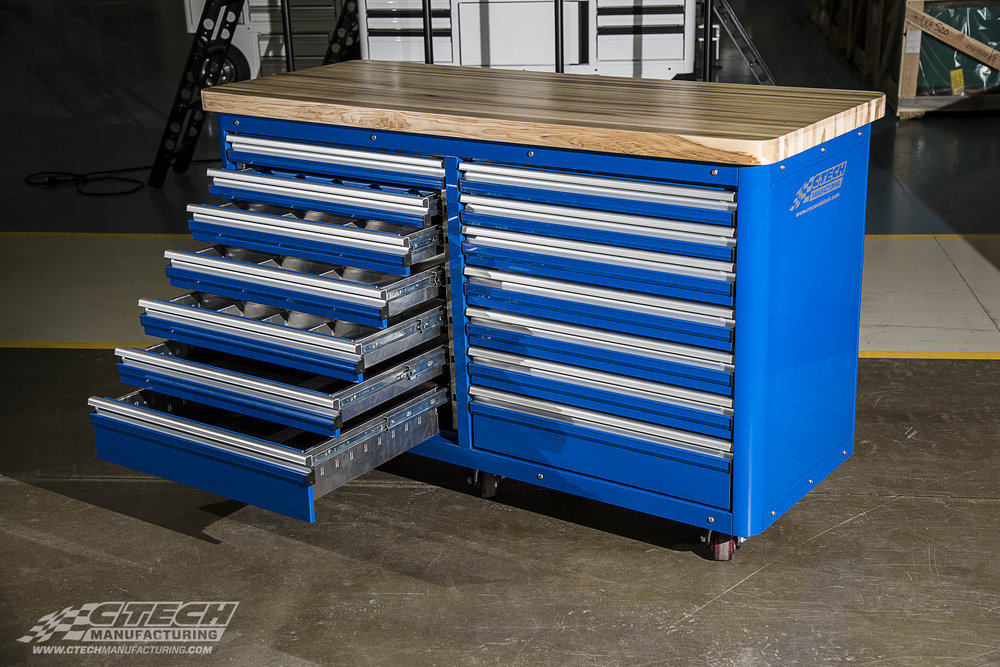 When flexible workspace is a must, CTECH Caster Carts combine the best of a stationary storage system with added mobility and MotionLatch technology engineered to make your workspace more efficient.