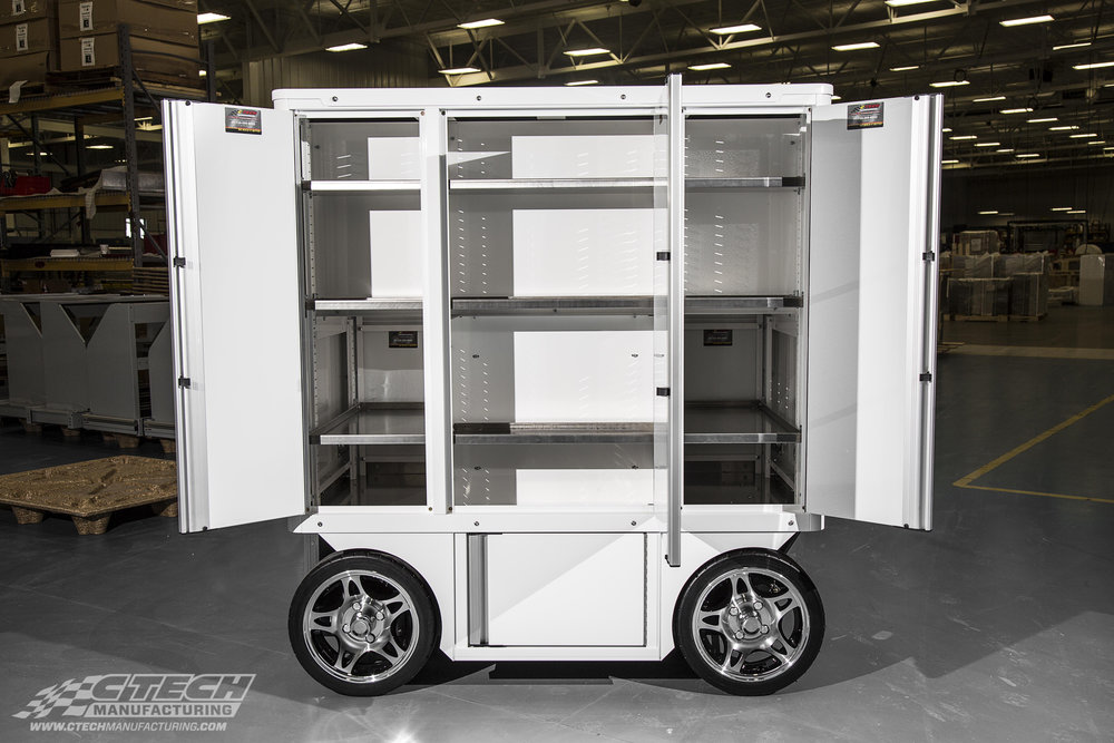 CTECH Carts come standard with innovative Adjust-A-Loc shelves, which are easily adjusted and lock securely in place to prevent shifting during transport.
