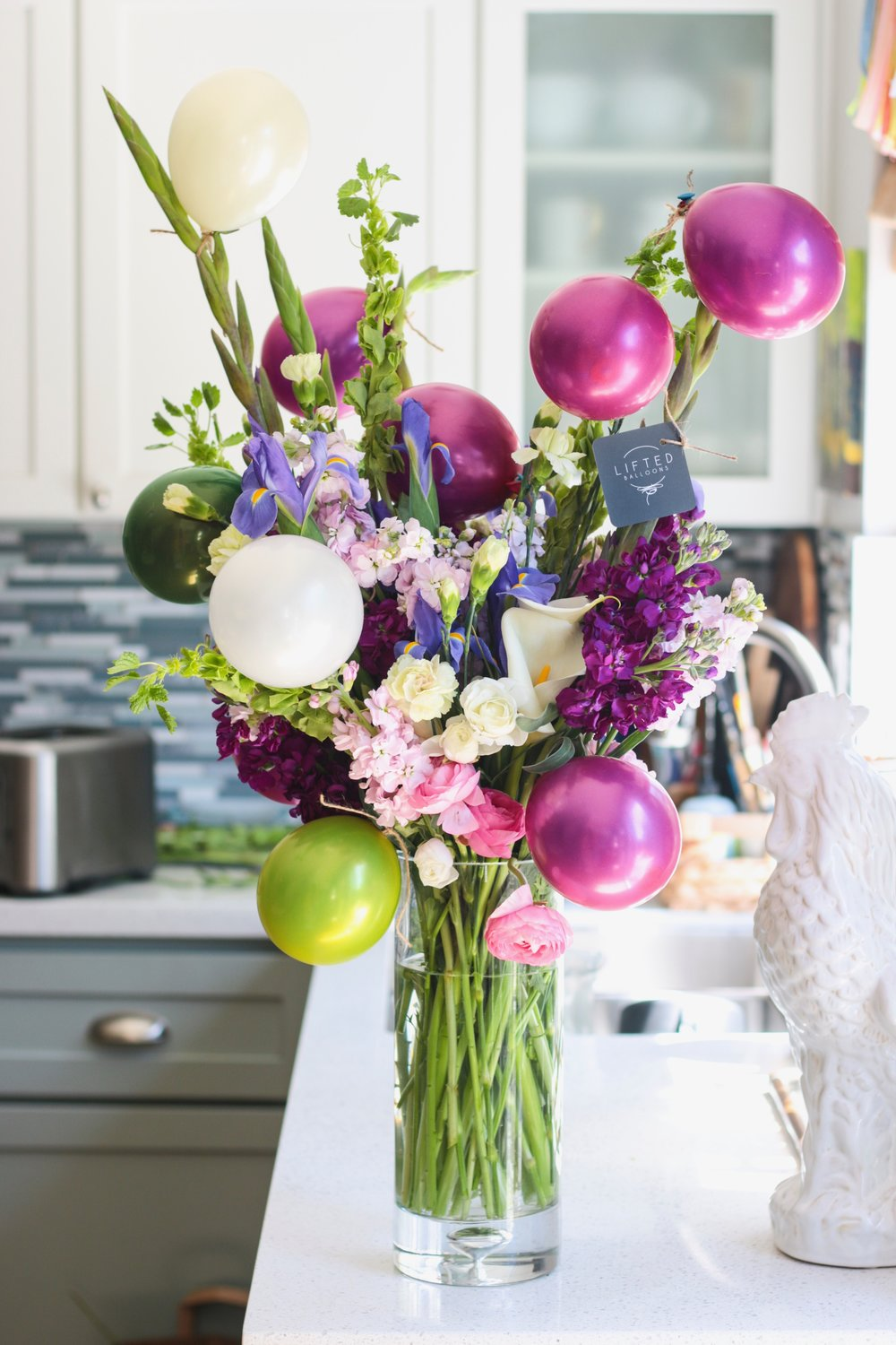 lifted-balloons-martinez-california-flowers-mini-pearl-balloons