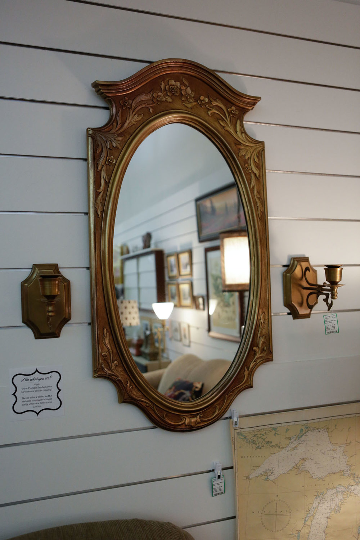 Gold Floral Wall Mirror 2061.JPG
