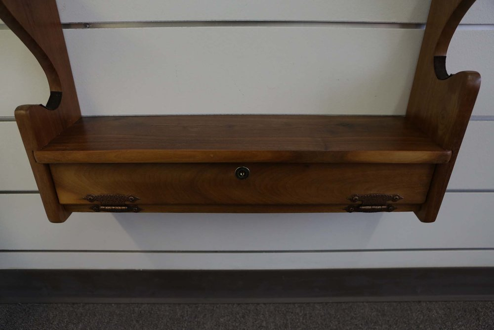 Locking Gun Rack 6305.JPG