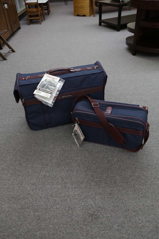1980s 2Pc Samsonite Luggage 6341.JPG