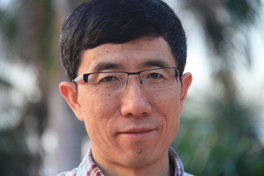 Prof. Li.jpg