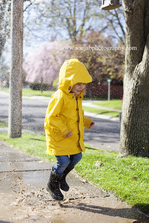 cincinnati photographer rainjacket.jpg