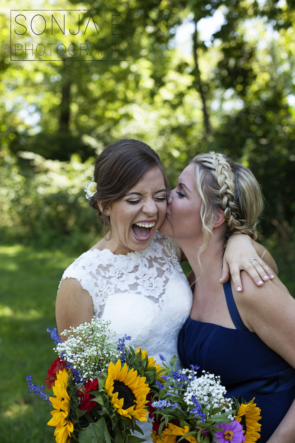 cincinnati wedding bride and bridesmaid.jpg